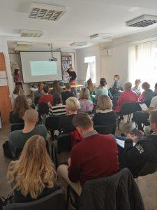 Održan prvi trening za stručnjake/inje koji/e rade sa ženama žrtvama nasilja